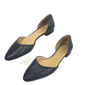 Talbots leather perforated flats sz 9